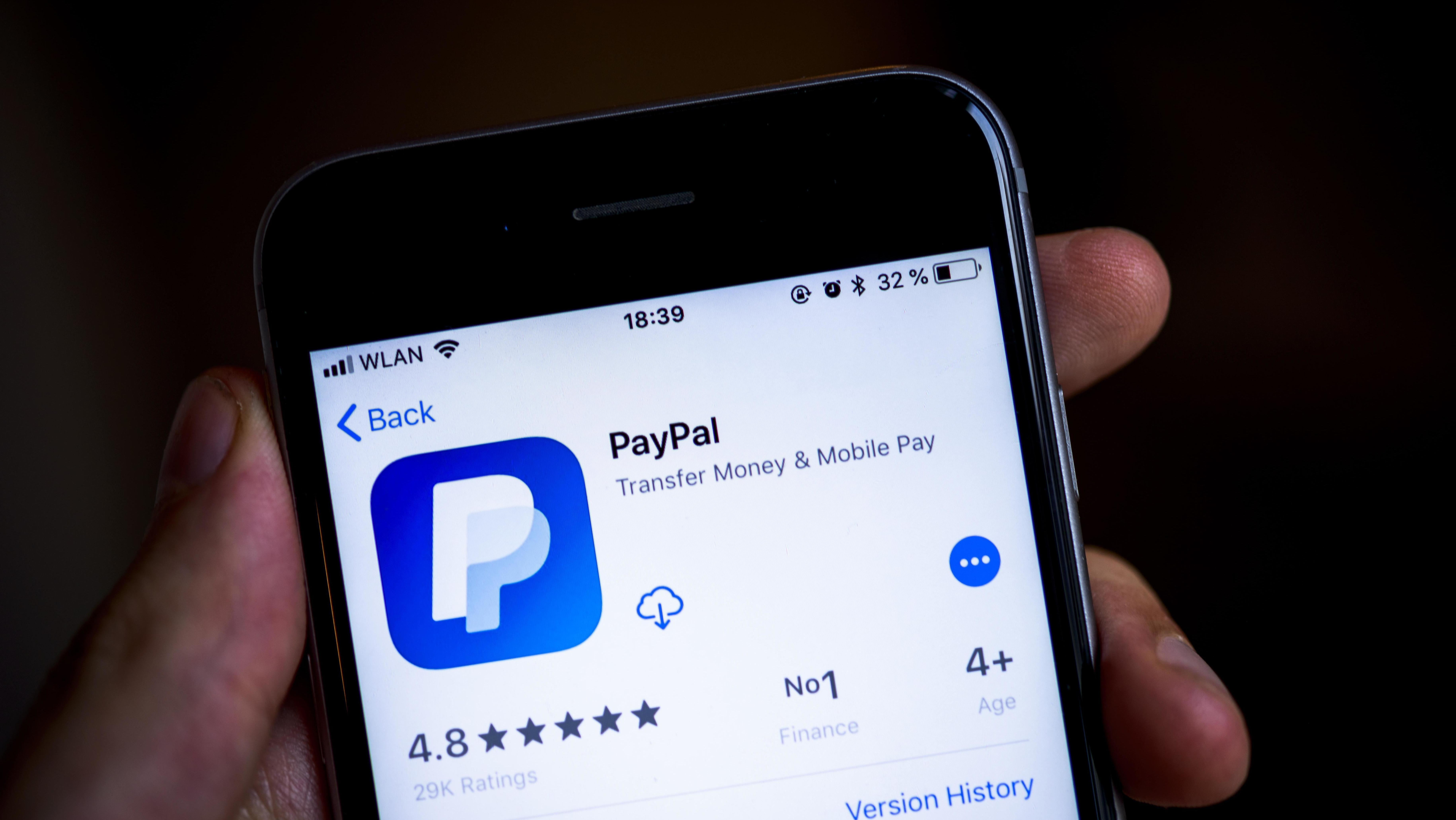 Die App des Online-Bezahldienstes PayPal im Apple-Store