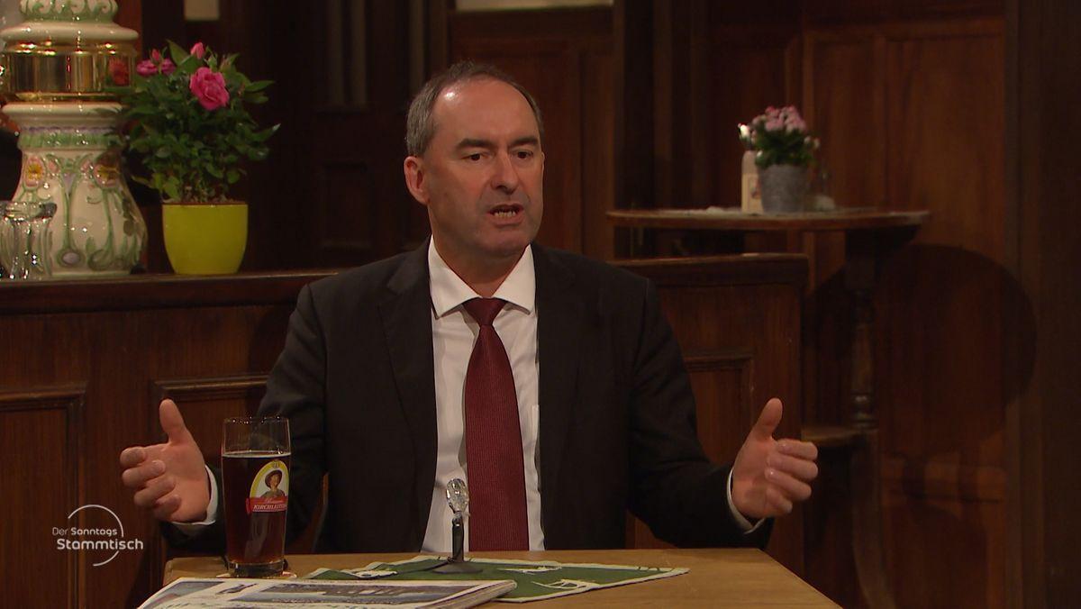 Wirtschaftsminister Aiwanger im Sonntags-Stammtisch.