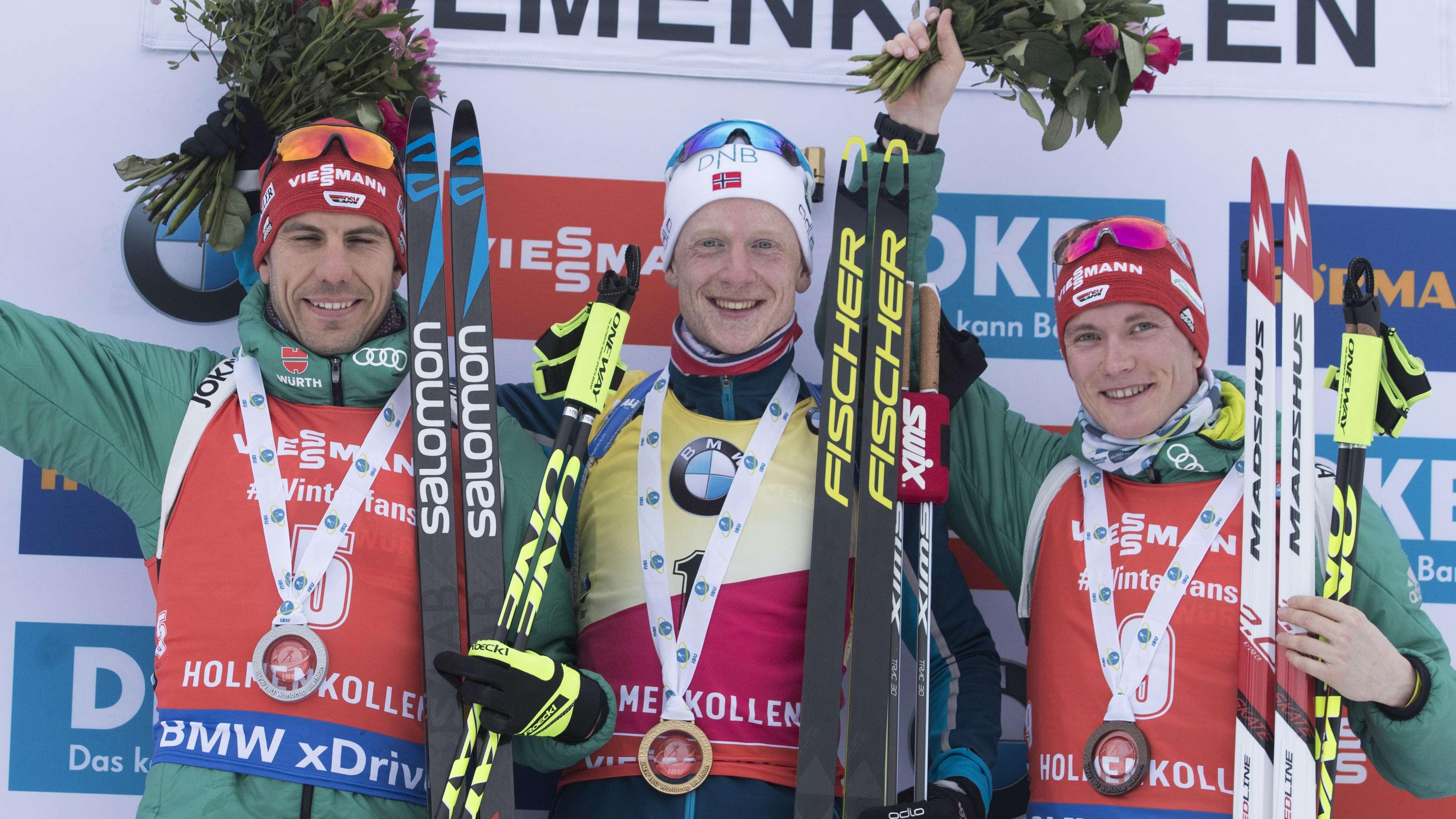 Podest Biathlon-Massenstart Oslo (v.l.): Arnd Peiffer, Johannes Thingnes Bö, Benedikt Doll