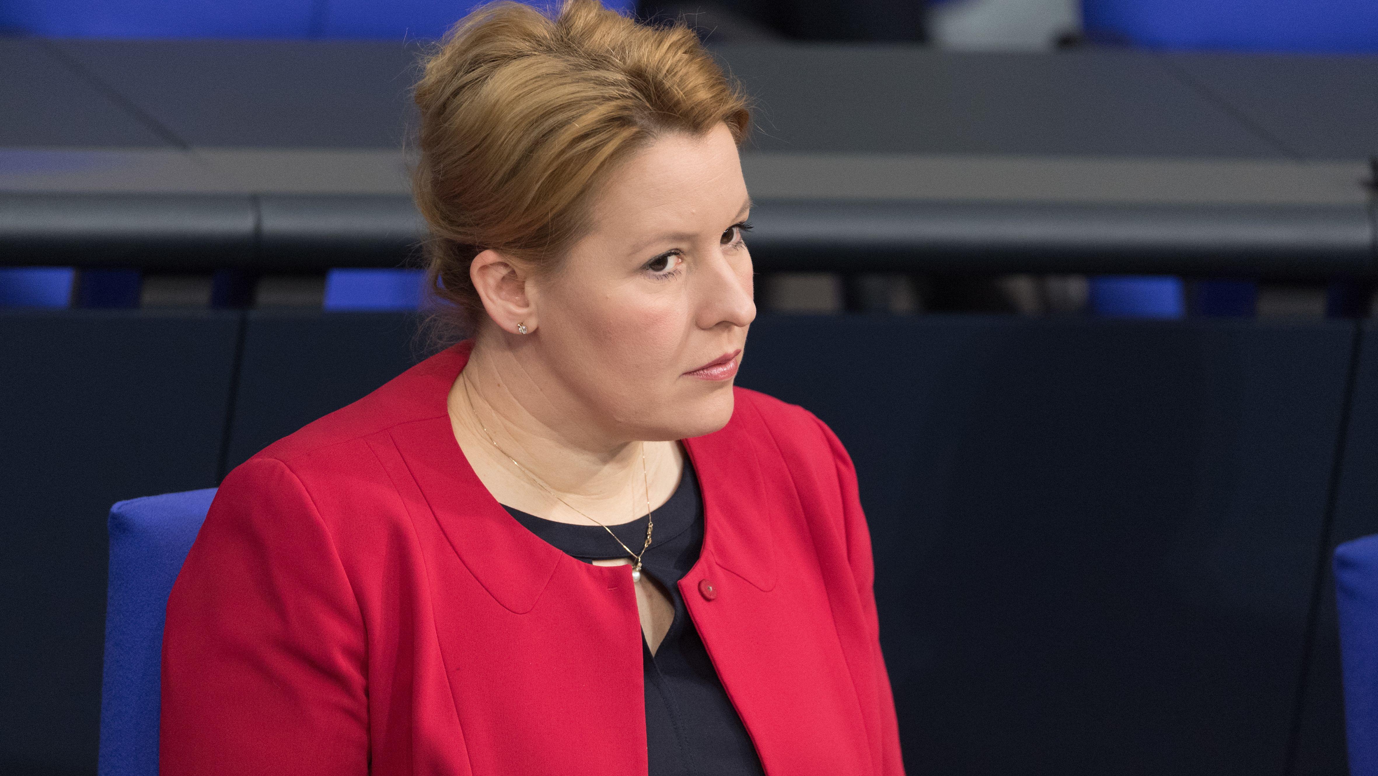Franziska Giffey (SPD), Bundesministerin für Familie, Senioren, Frauen und Jugend