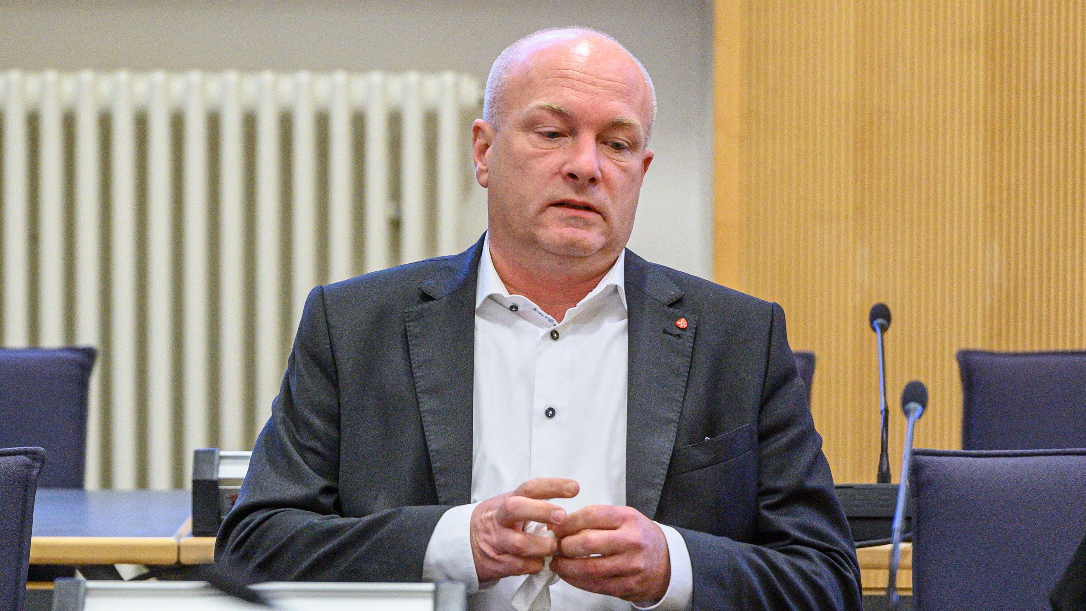 Der suspendierte Regensburger OB Joachim Wolbergs im Gerichtssaal.