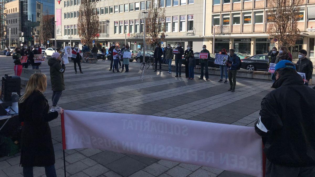 Demonstration für Alexej Nawalny auf dem Nürnberger Kornmarkt.
