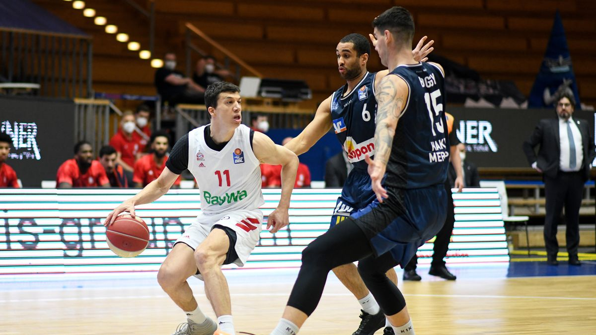 Spielszene Hakro Merlins Crailsheim - FC Bayern Basketball