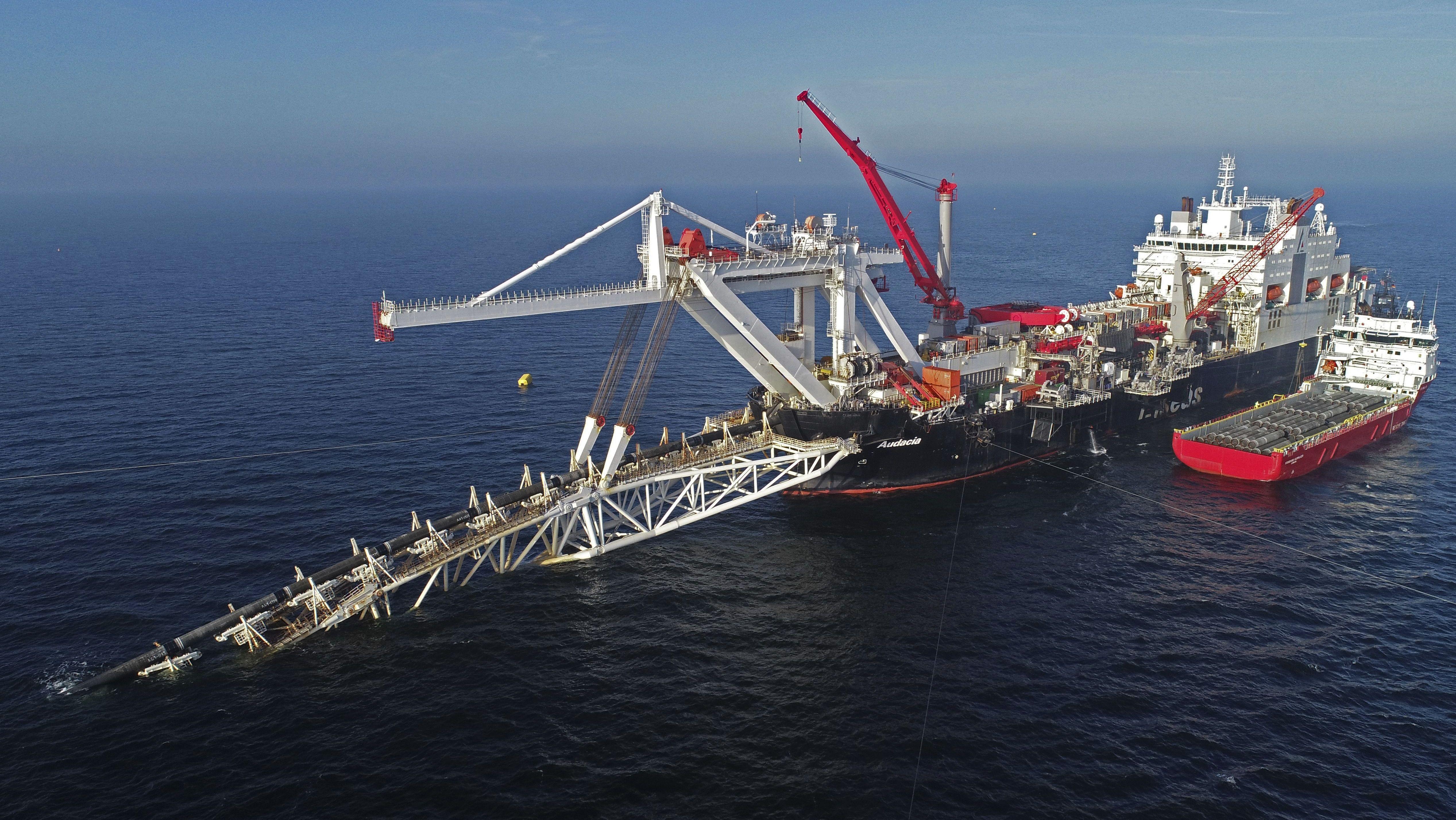 Verlegung  der Pipeline Nord Stream 2 im Baltischen Meer