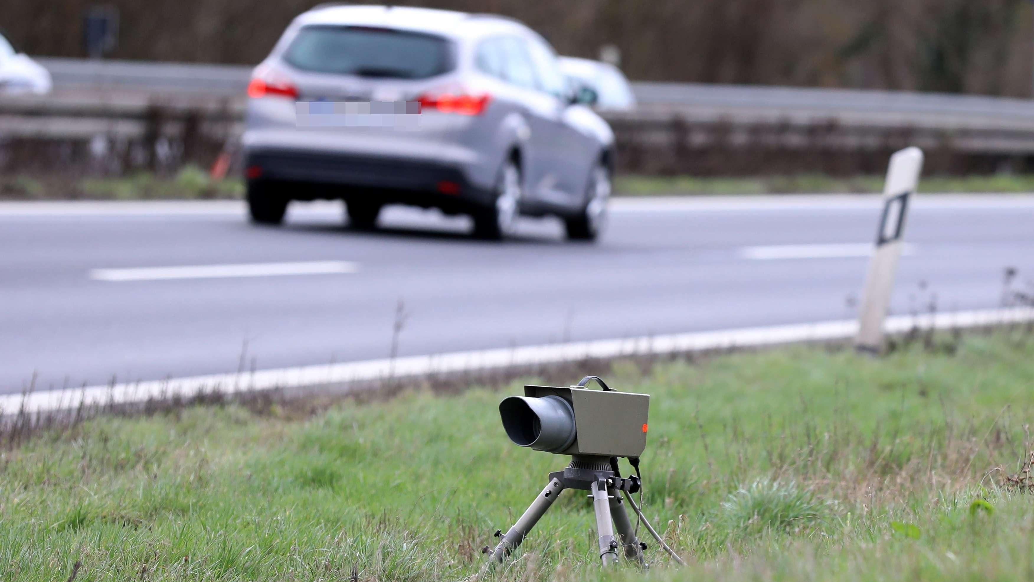 Symbolbild: Geschwindigkeitskontrolle