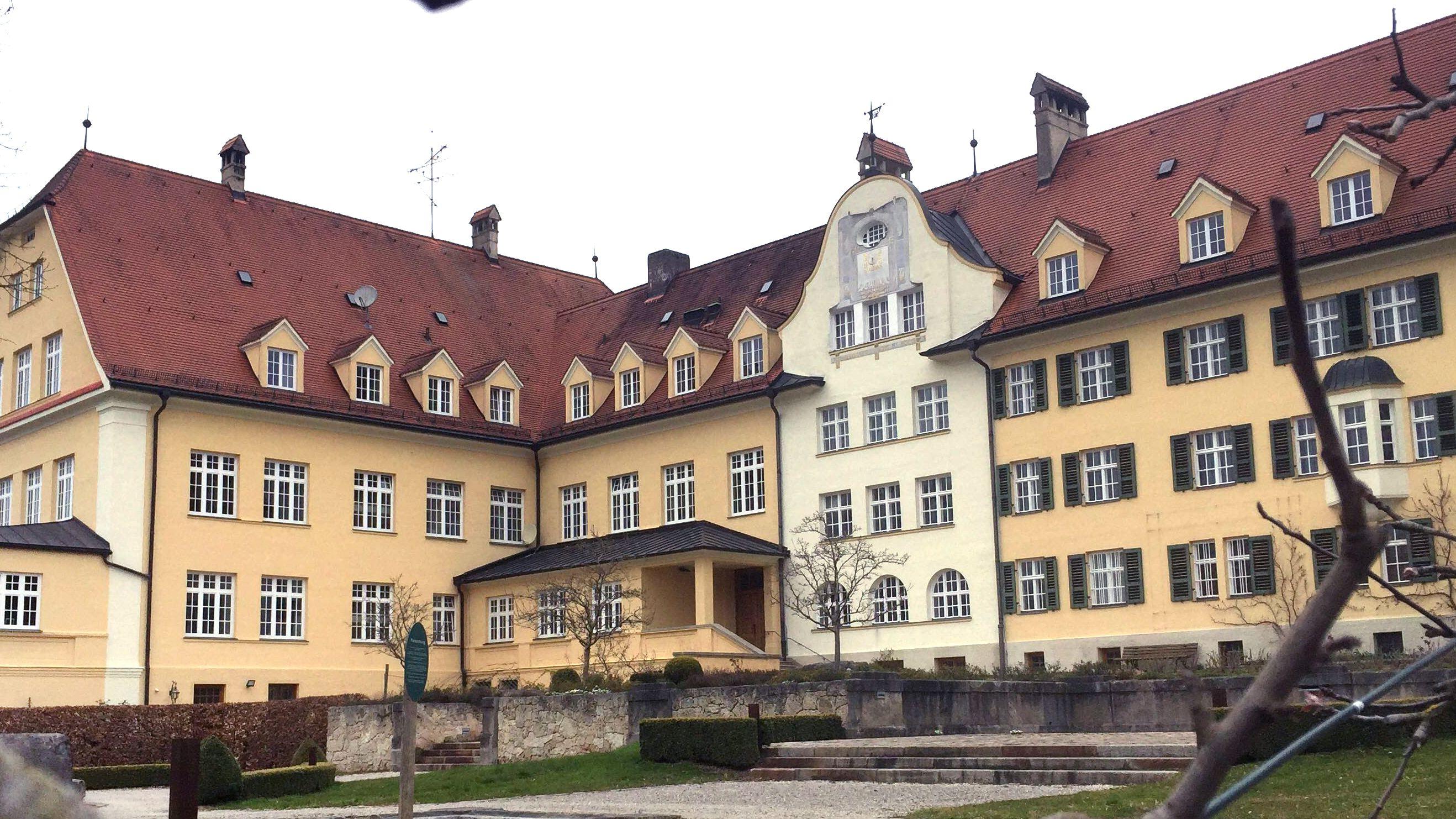 Das ehemalige Piusheim in Baiern im Landkreis Ebersberg