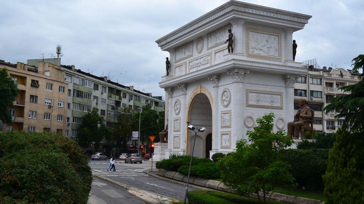 Nordmazedonien - Hauptstadt: Skopje - Einwohner: 2.065.769 (2013) - Amtssprachen: Mazedonisch, Albanisch - Währung: Denar (MKD)
