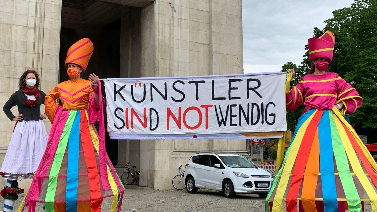 Künstler demonstrieren in München