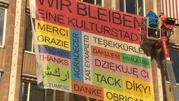 Plakat am Nürnberger Rathaus | Bild:BR