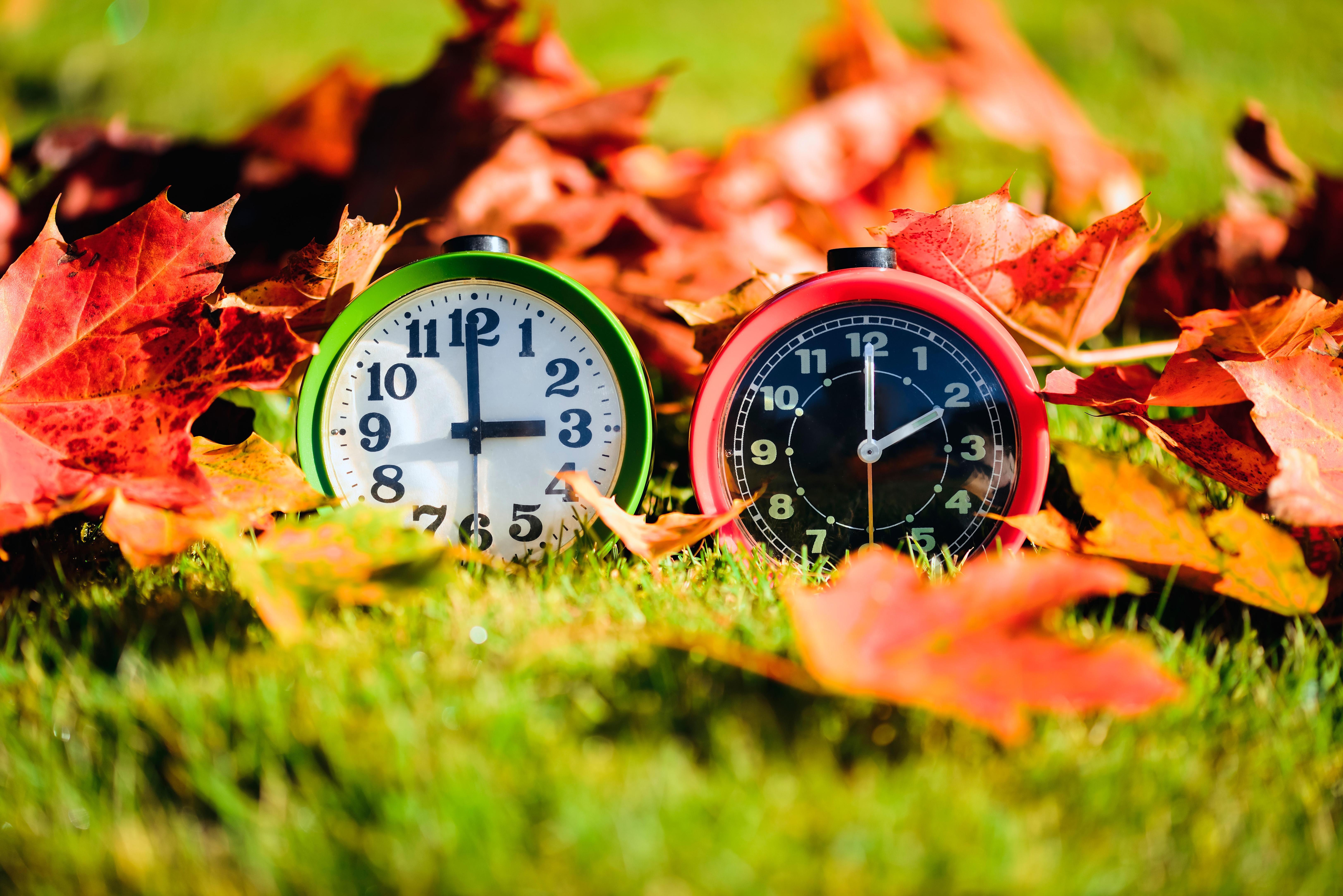 Uhren um eine Stunde auf Winterzeit zurückgestellt