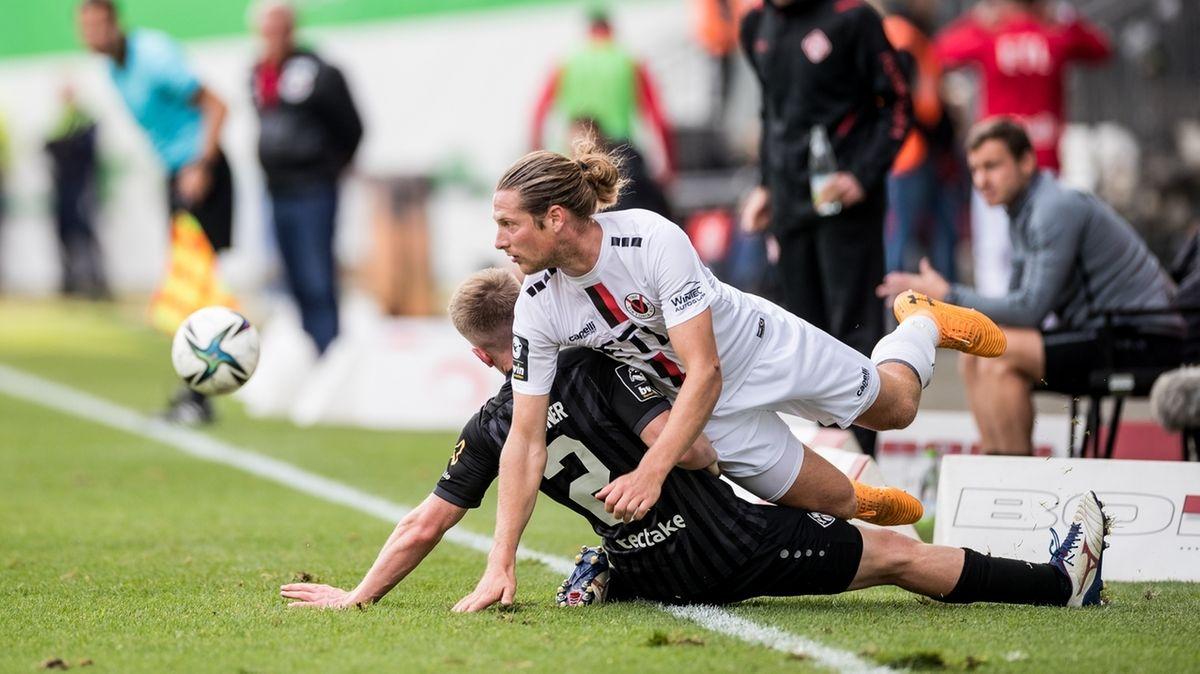Spielszene Viktoria Köln - Würzburger Kickers