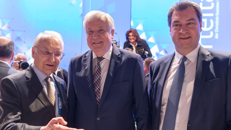 Archivbild: Stoiber, Seehofer und Söder