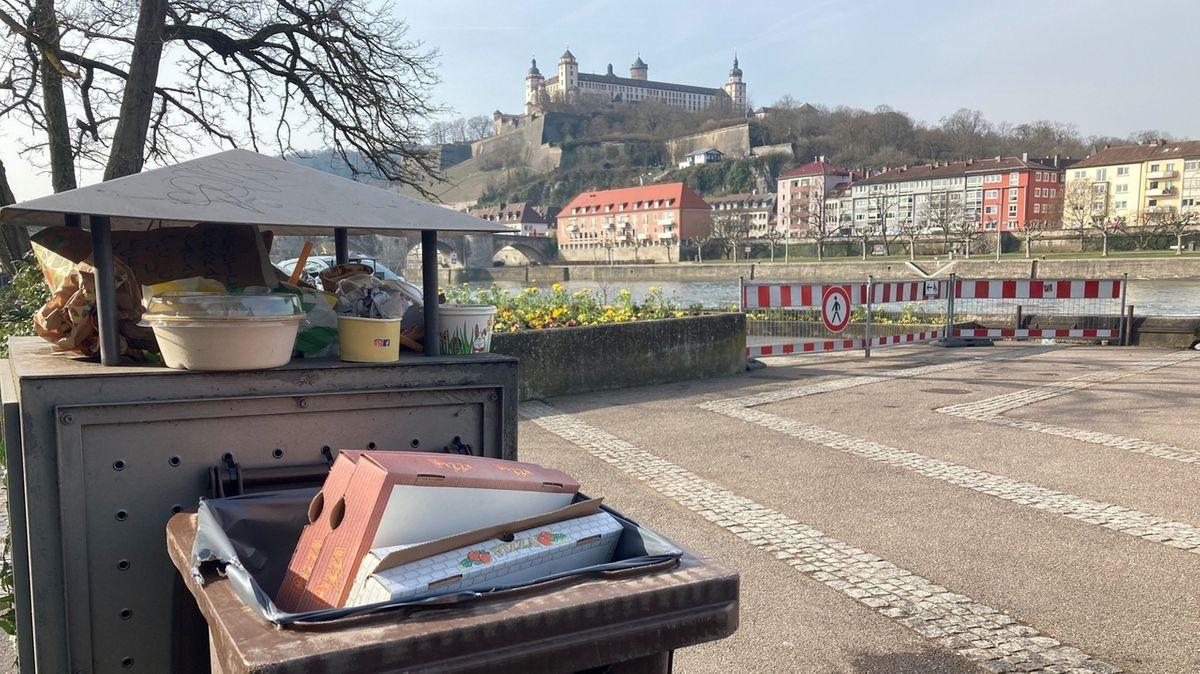 Mülltonnen am Würzburger Mainkai.