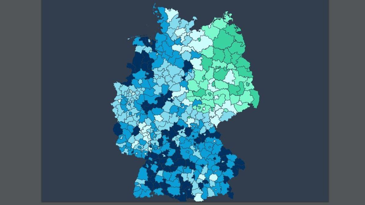 Deutschlandkarte, die die Differenz des Einkommens von Frauen und Männern zeigt