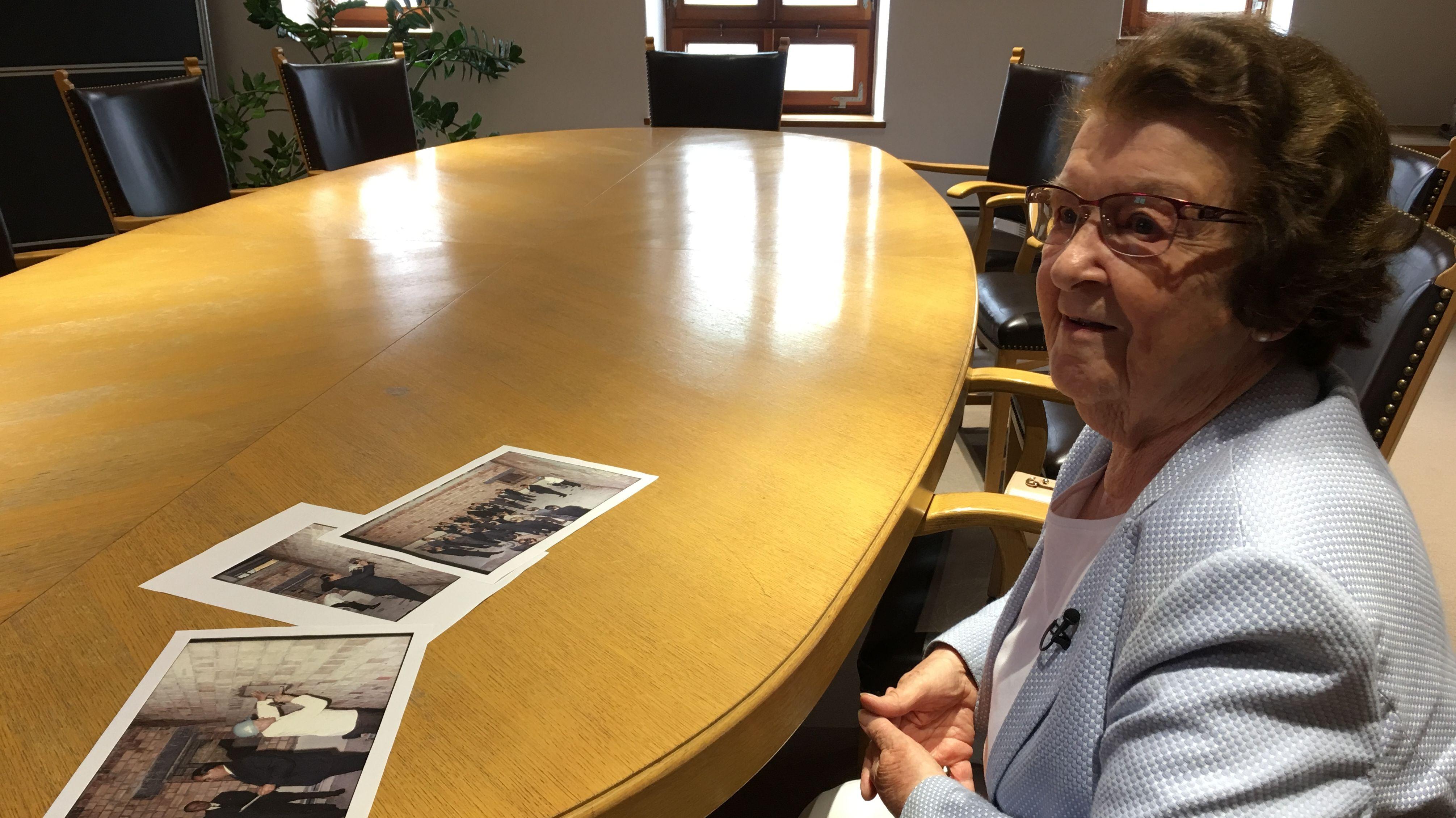 Zeitzeugin Marlies Bauer, ehemalige Stadträtin der CSU, erinnert sich an 1968.