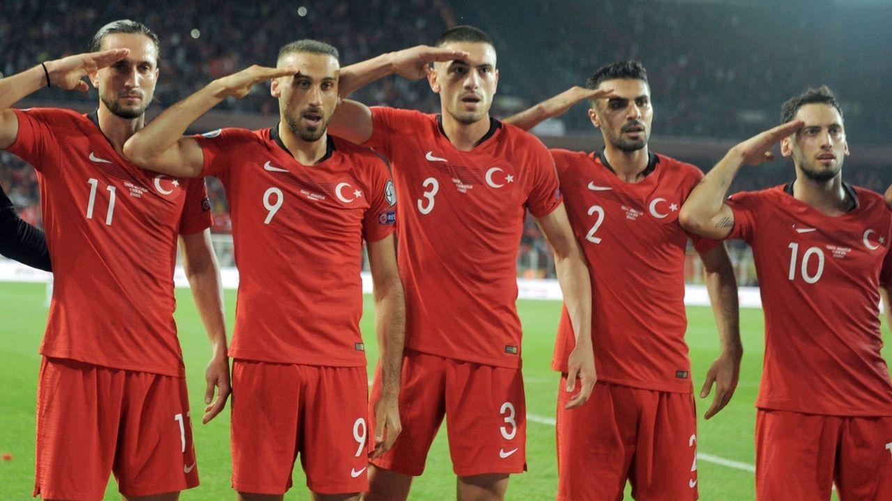 """Salut-Torjubel"" türkischer Nationalspieler"