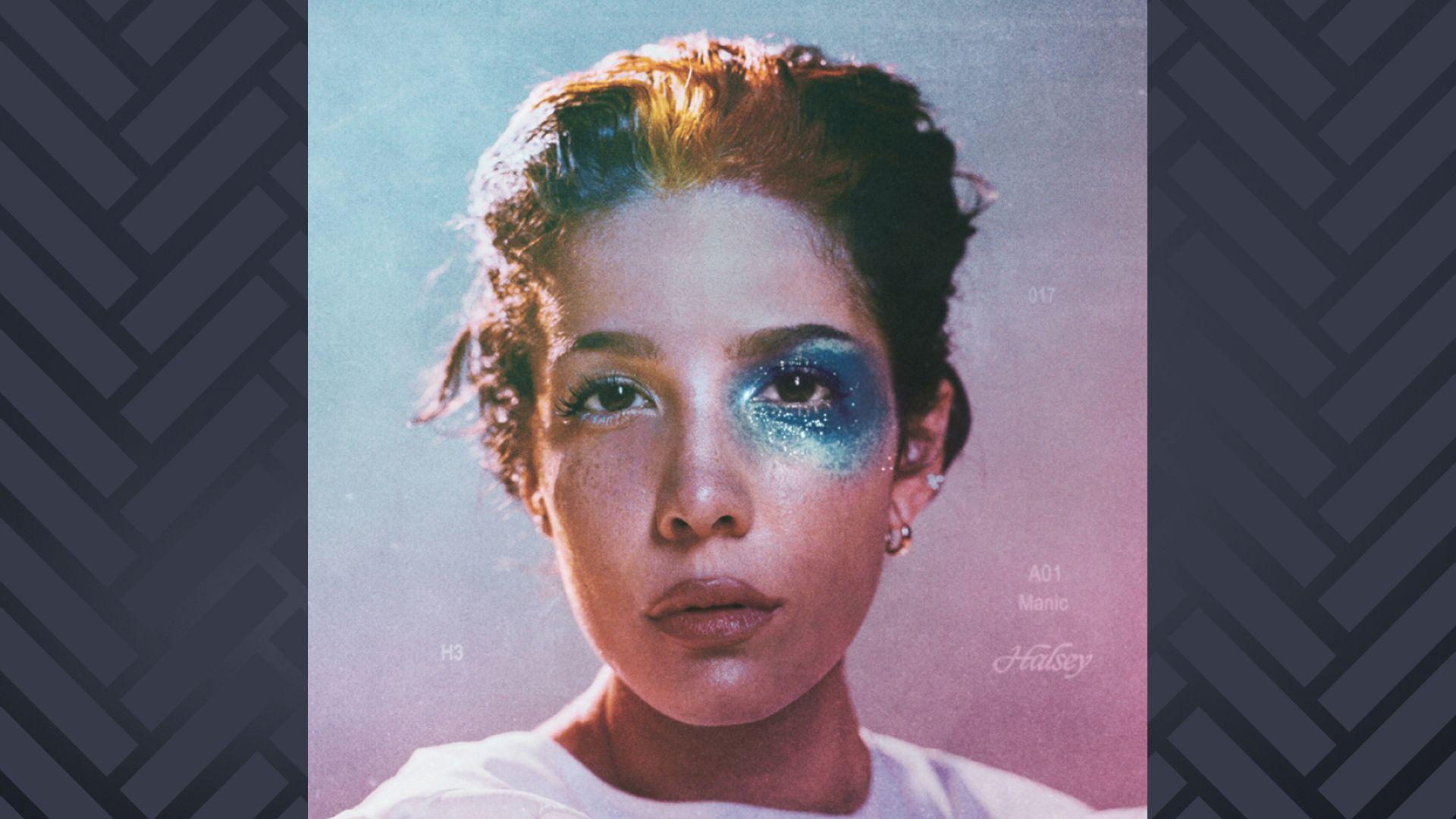 """Album-Cover """"Manic"""" mit einem Porträt der Musikerin Halsey"""