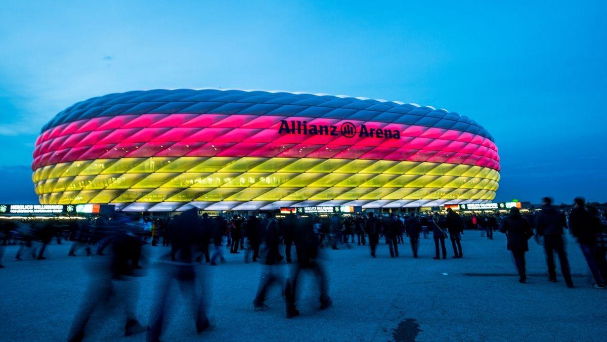 Fans vor der Münchner Arena