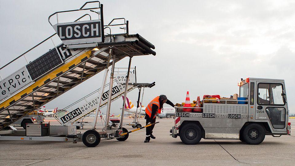 Vorbereitung für eine Flugzeugabfertigung