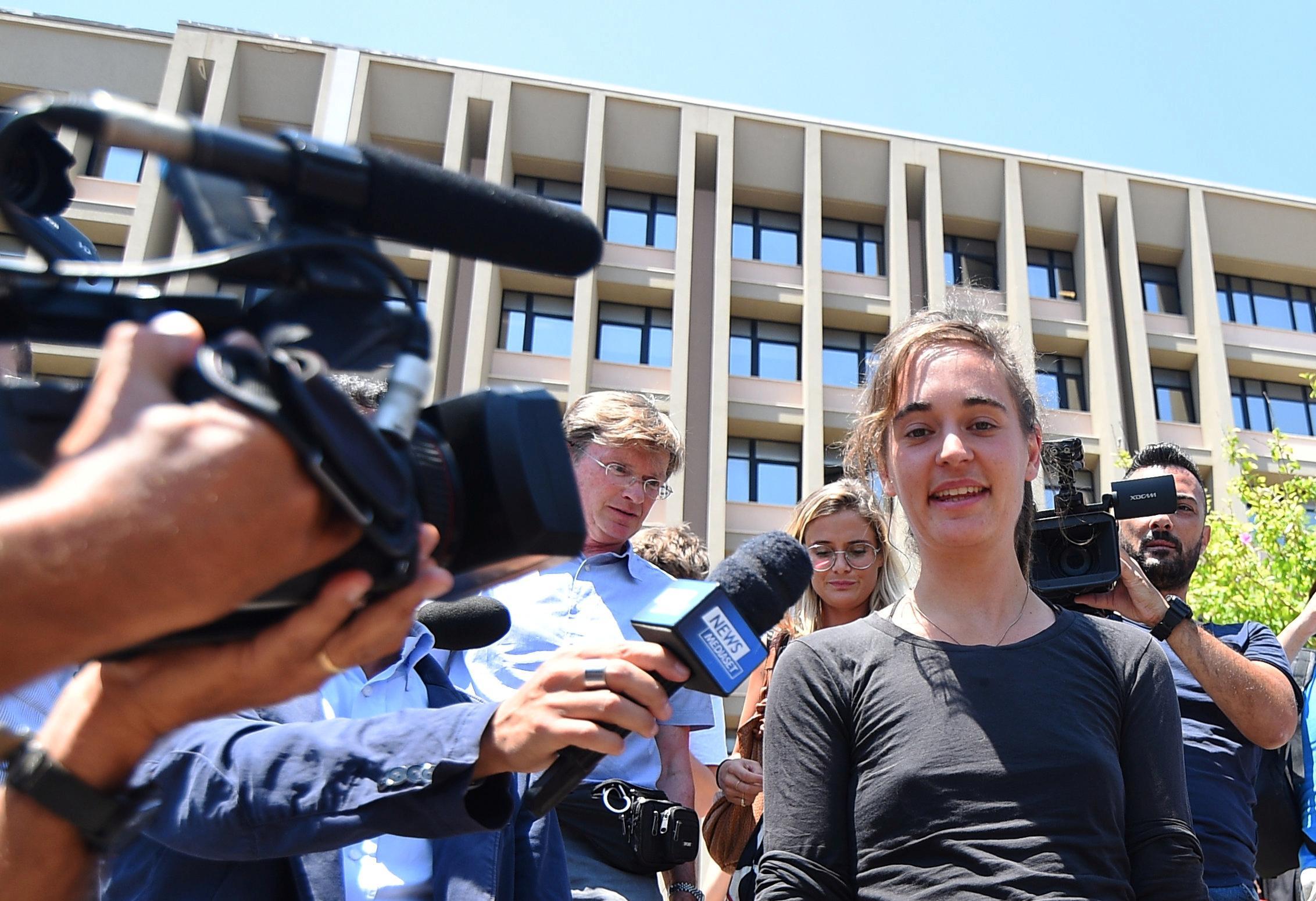 Carola Rackete ist nicht mehr Teil der Sea-Watch-Crew - Brennpunkte