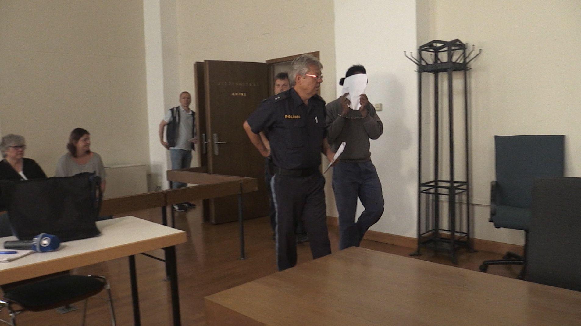 Im Prozess um den Messerangriff auf ein elfjähriges Kind in Vilshofen ist das Urteil gefallen.