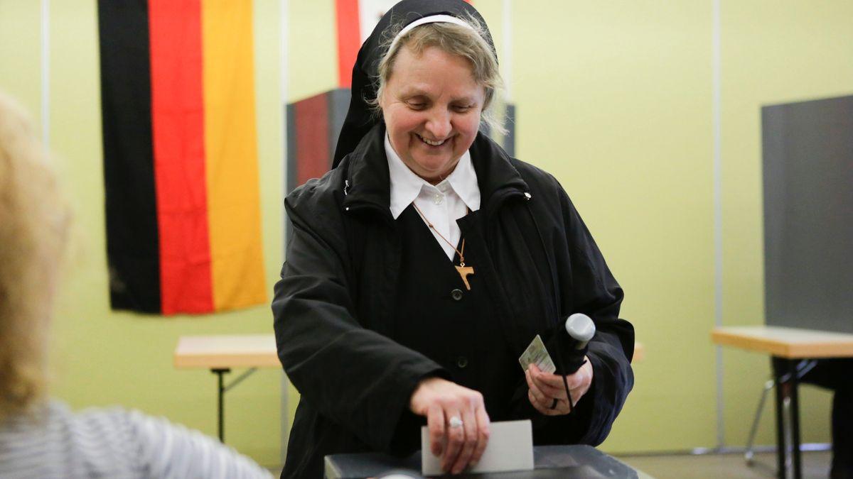 Eine Ordensschwester bei der Bundestagswahl 2017