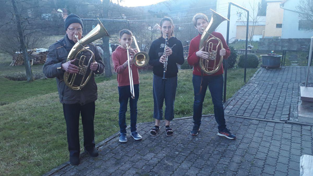 Terrassenkonzert der Familie Schmitt/Gundelach in Wildflecken