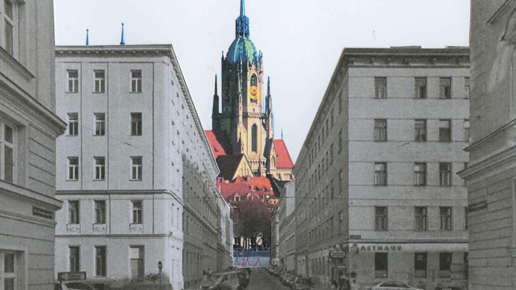 Sicht auf die Paulskirche aus der Perspektive einer bebauten Theresienwiese.
