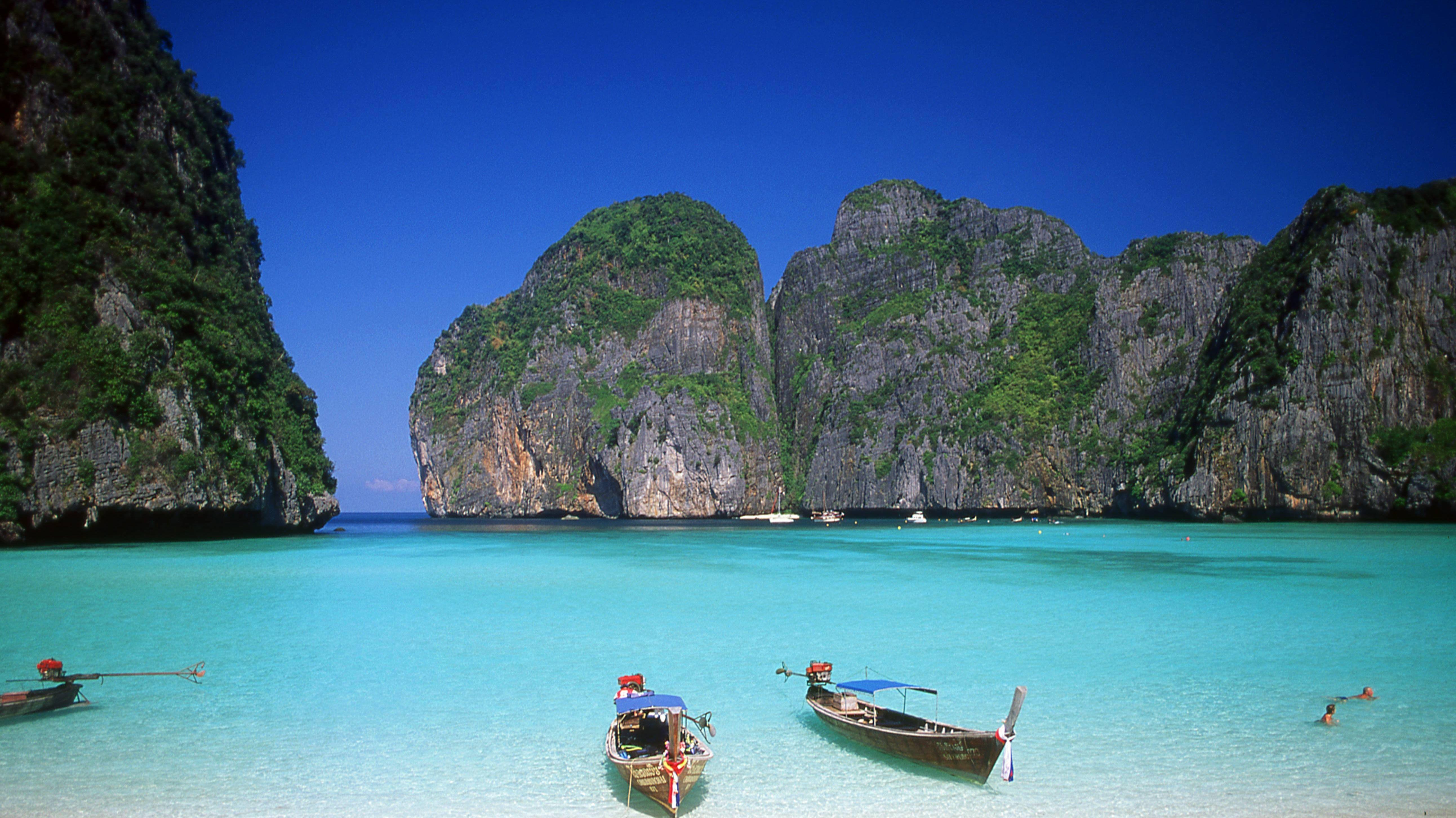 Maya Bay auf der thailändischen Insel  Ko Phi Phi Leh