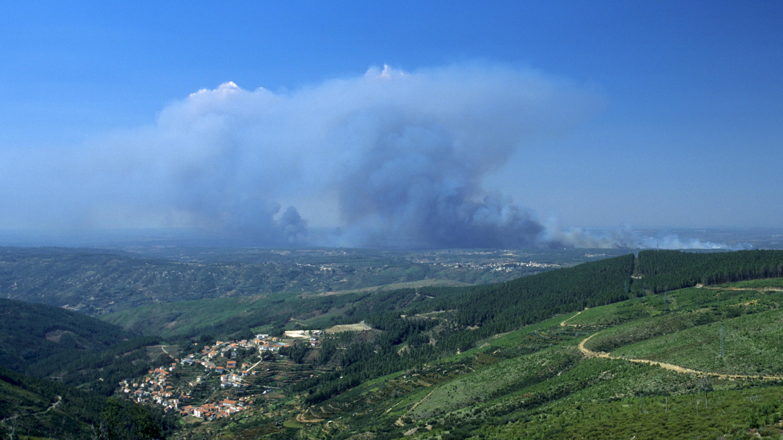 Waldbrände Portugal Karte.Wieder Waldbrand In Portugal Br24