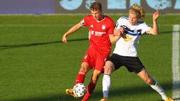 Spielszene FC Bayern München II - Waldhof Mannheim   Bild:picture-alliance/dpa