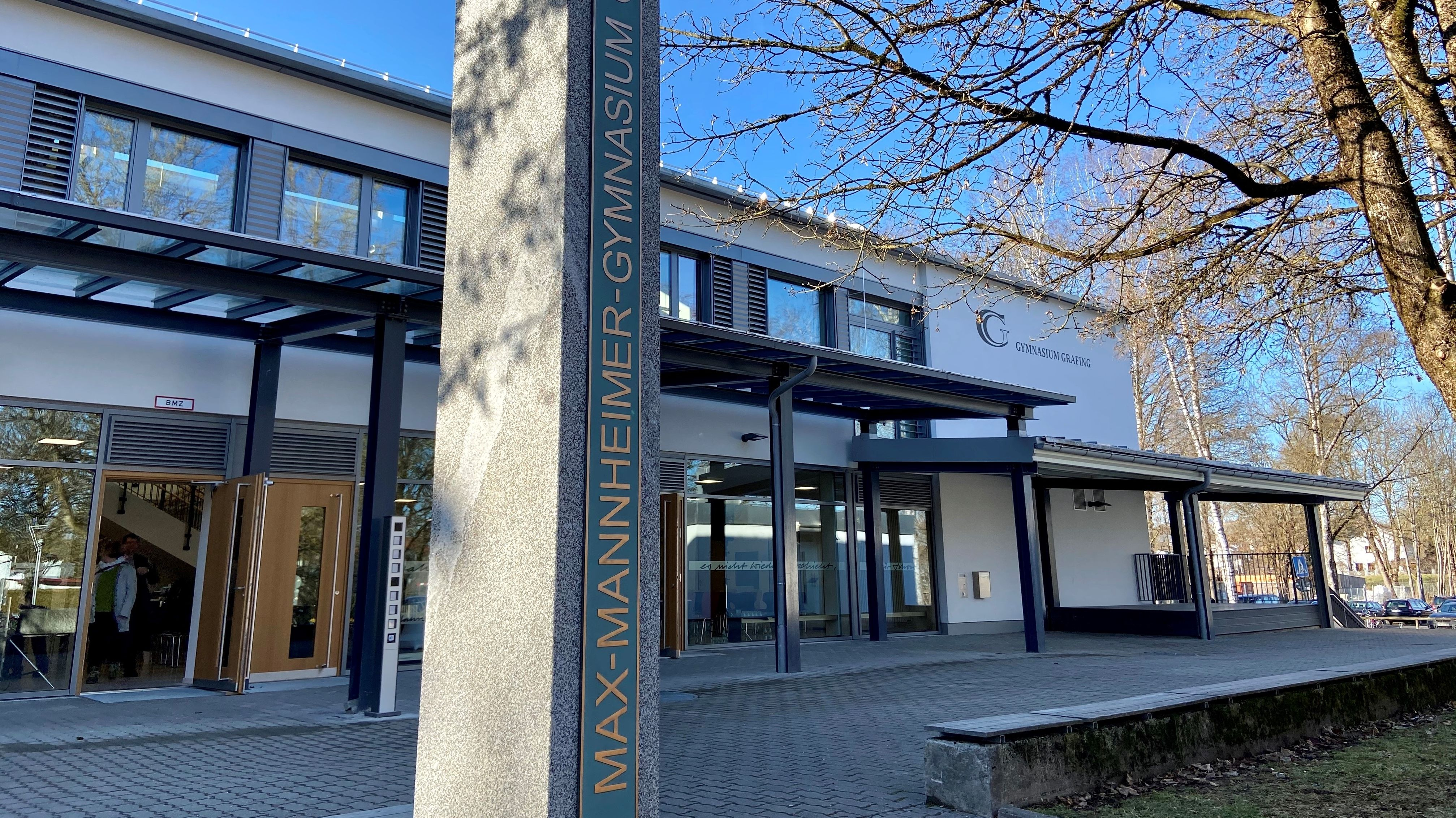 Gymnasium Grafing heißt jetzt Max -Mannheimer Gymnasium