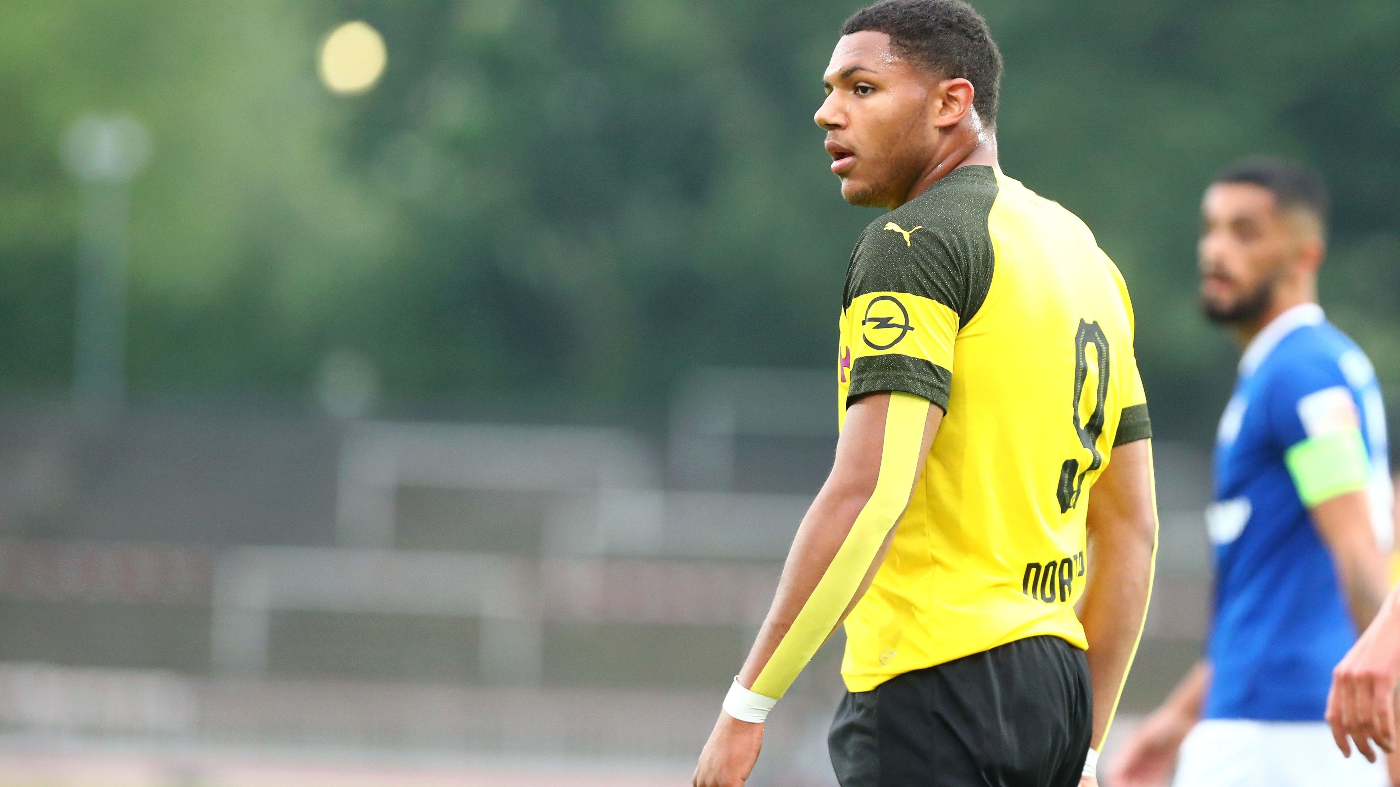 Paul-Philippe Besong, der 2019 U19 Meisterschaft mit dem BVB