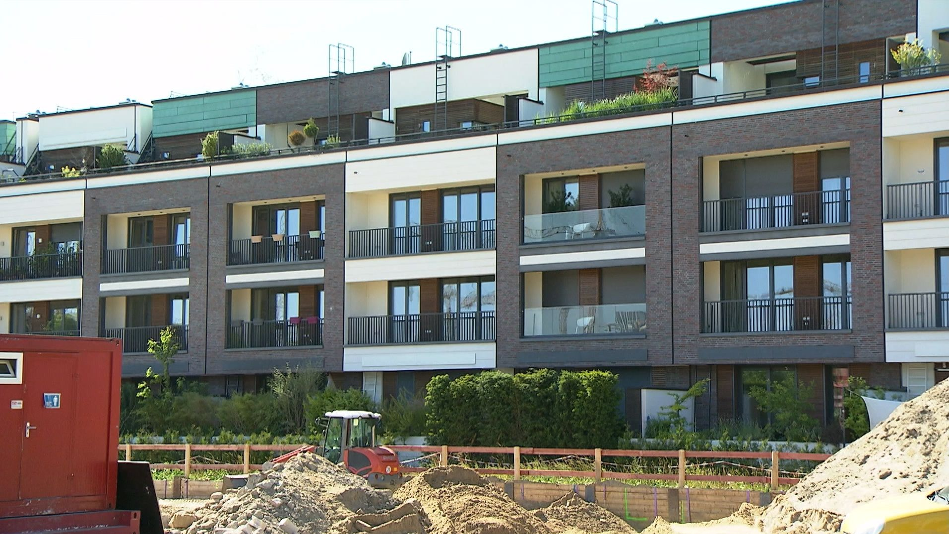 Bezahlbarer Wohnraum in Deutschland bleibt nach wie vor knapp - vor allem in den Ballungsräumen.