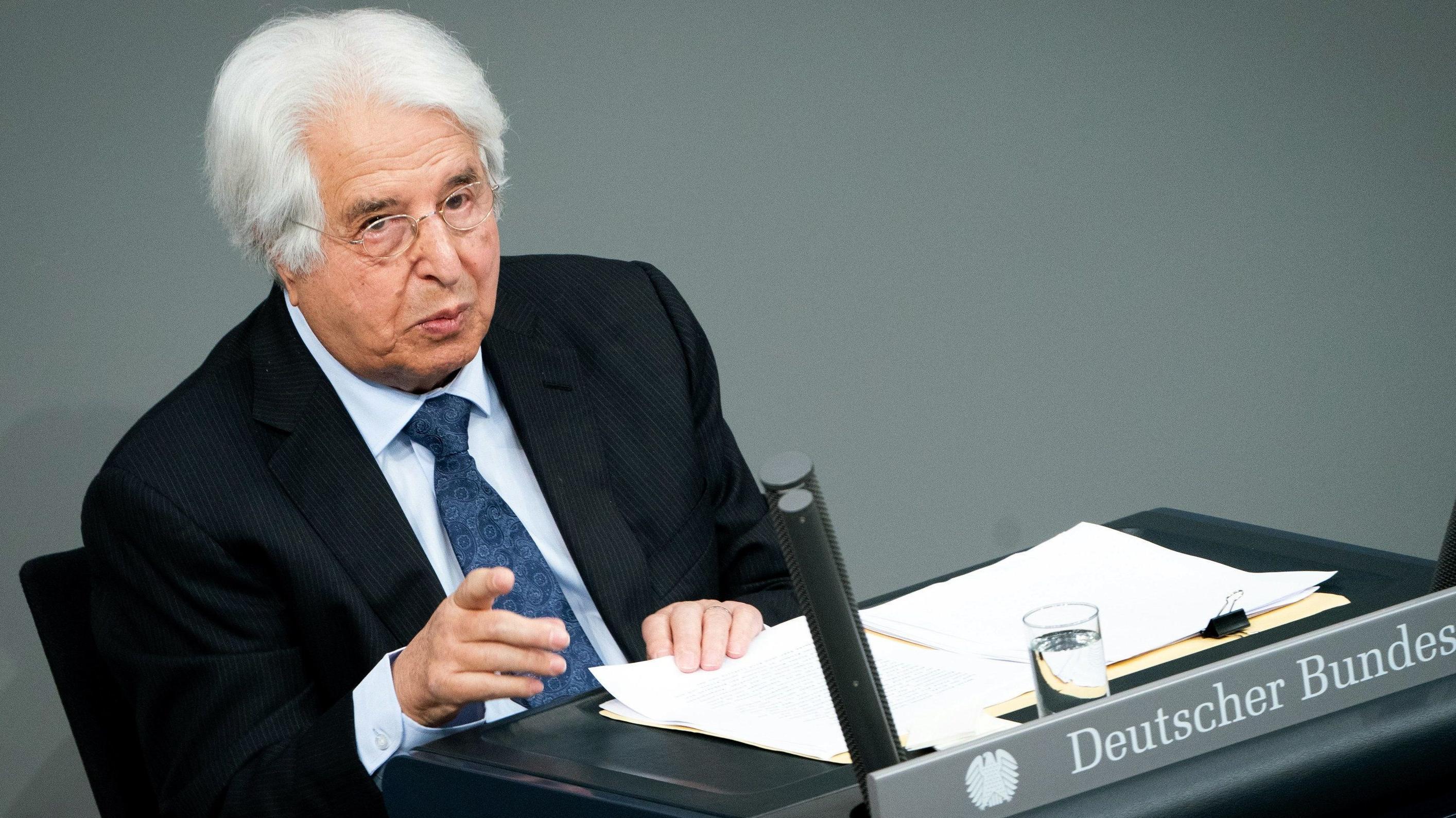 Saul Friedländer spricht im Bundestag