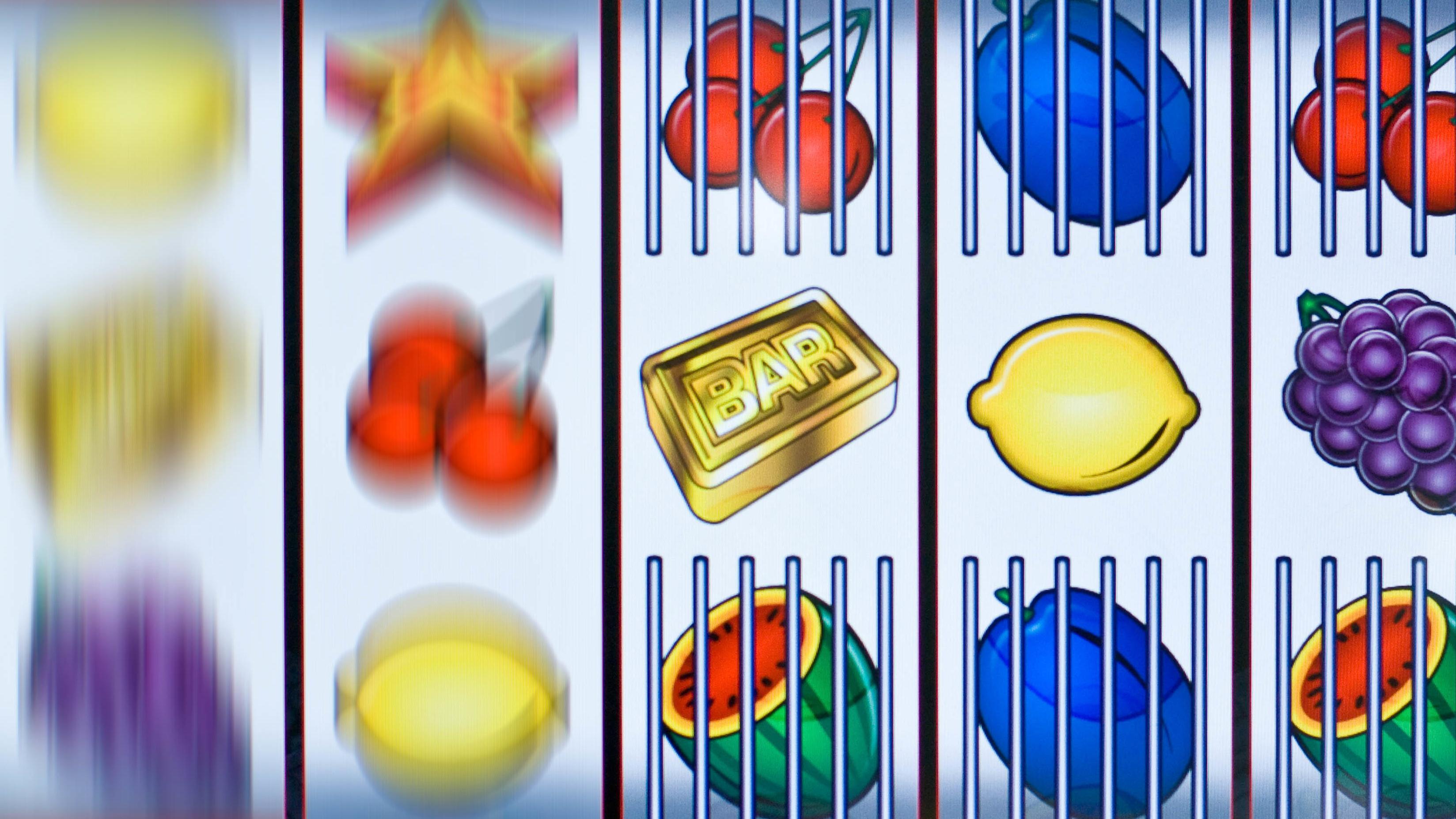 Ein Glücksspiel-Klassiker: Der einarmige Bandit - online ist er mittlerweile in Deutschland eigentlich illegal.