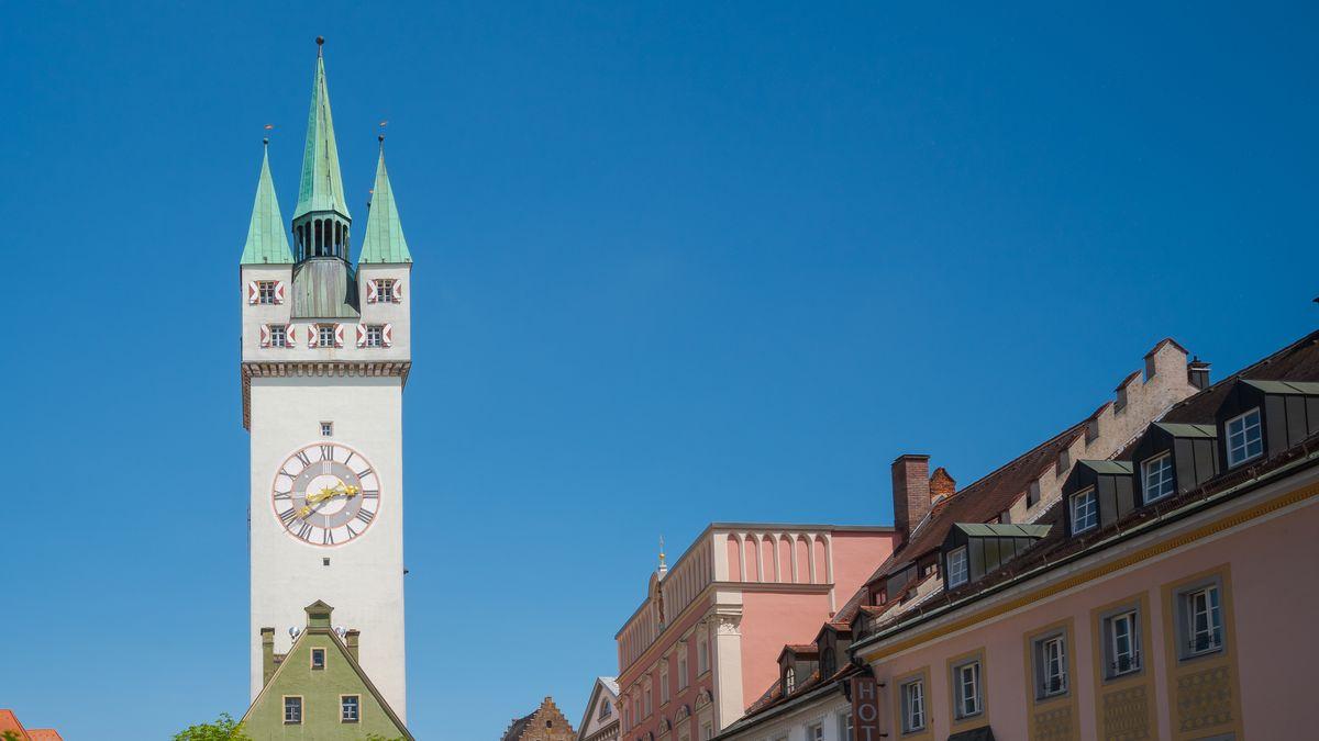 Der Straubinger Stadtplatz im Sommer