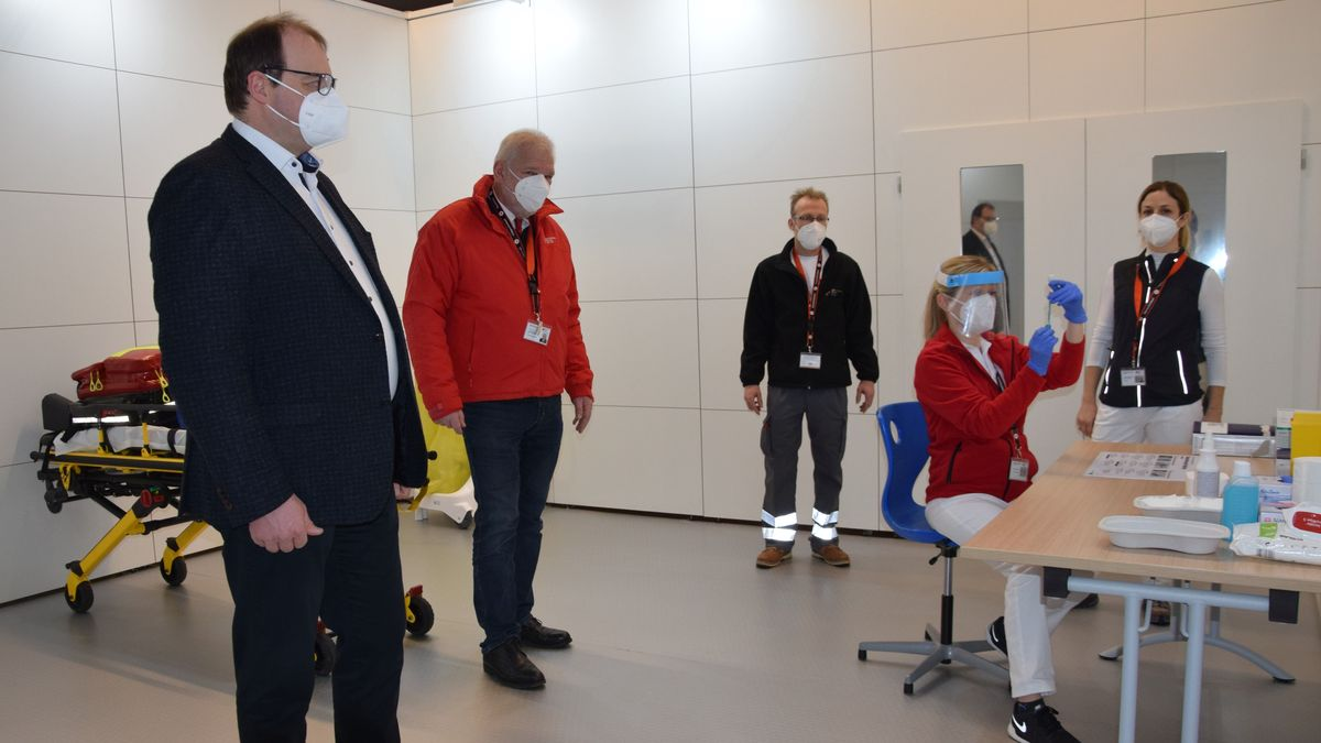 Erste Impfungen im Impfzentrum Eggenfelden