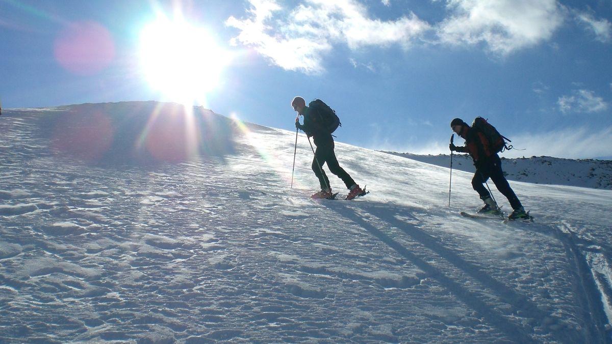 Wenn Wetter und Schnee passen, ist Skitourengehen ein großes Erlebnis. Mitunter aber ein sehr riskantes.
