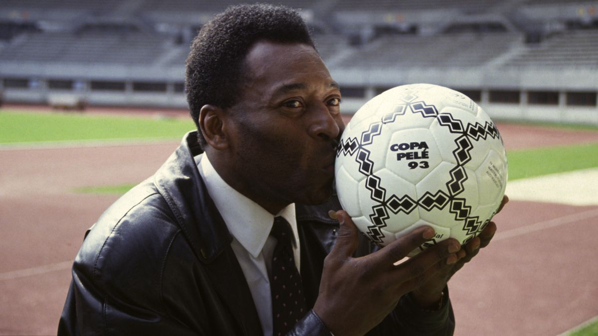 Pelé ist 80