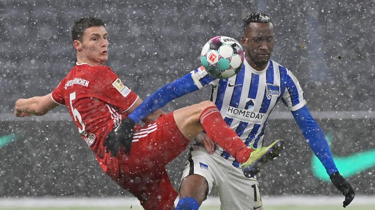 Spielszene Hertha BSC - FC Bayern München