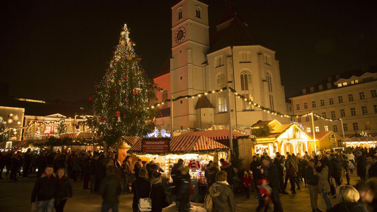 Christkindlmarkt auf dem Regensburger Neupfarrplatz: So eng wird es dieses Jahr nicht zugehen