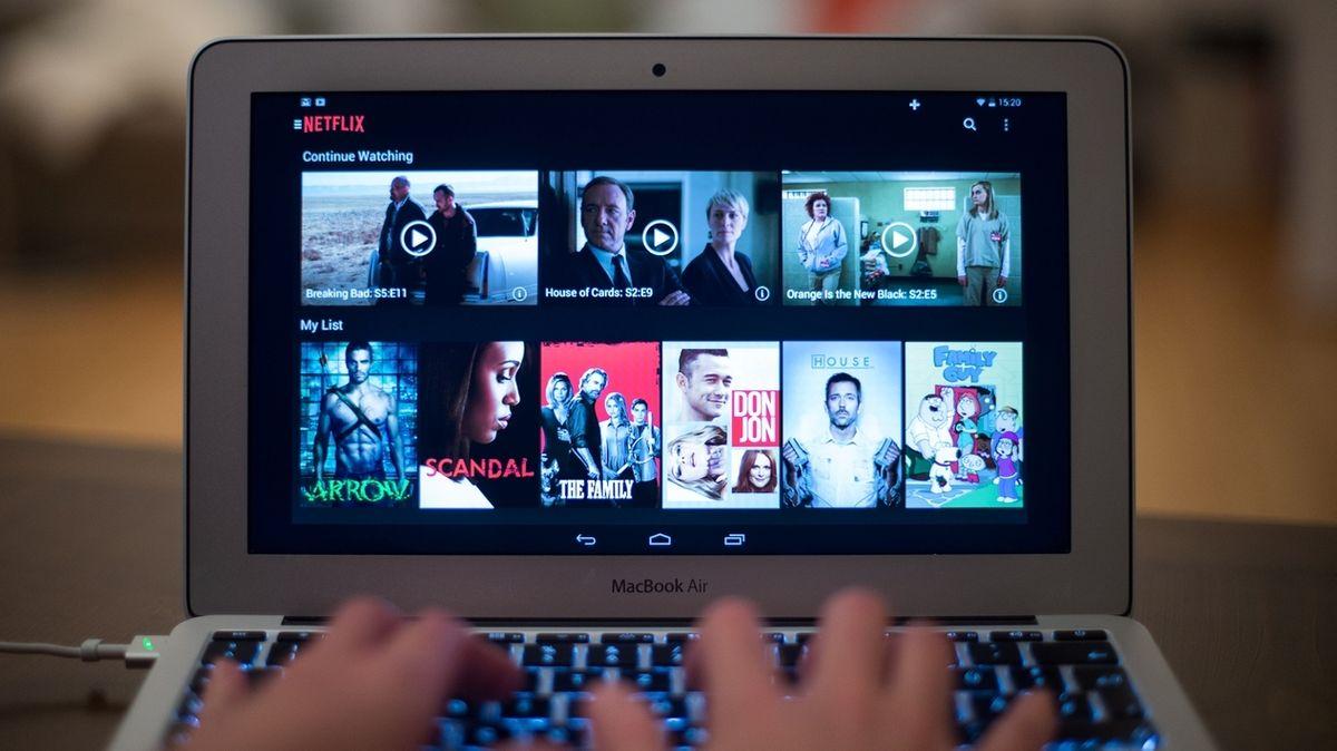 Streaming-Dienste wie Netflix, Disney+ und Amazon Prime verändern unseren Konsum, und das nicht unbedingt zum Besseren.