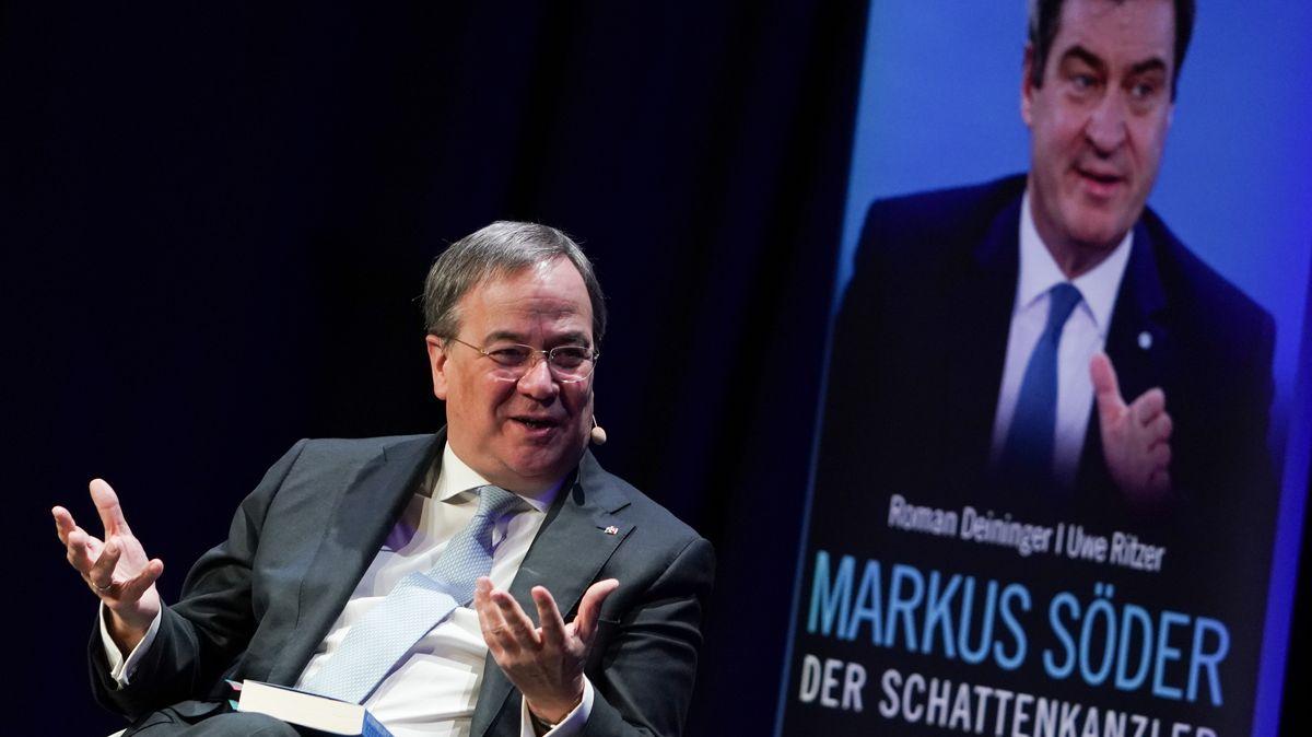 """Armin Laschet (CDU), Ministerpräsident Nordrhein-Westfalens, äußert sich zur Biographie """"Markus Söder - Der Schattenkanzler"""" im Dezember 2020."""