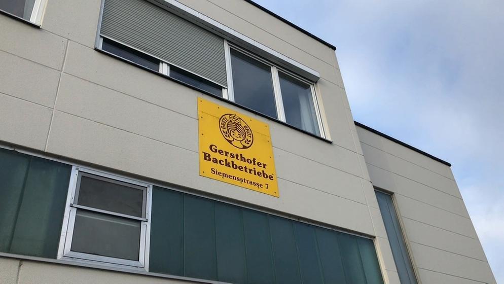 Das Gebäude der Gersthofer Backbetriebe im Landkreis Augsburg | Bild:BR/Barbara Leinfelder
