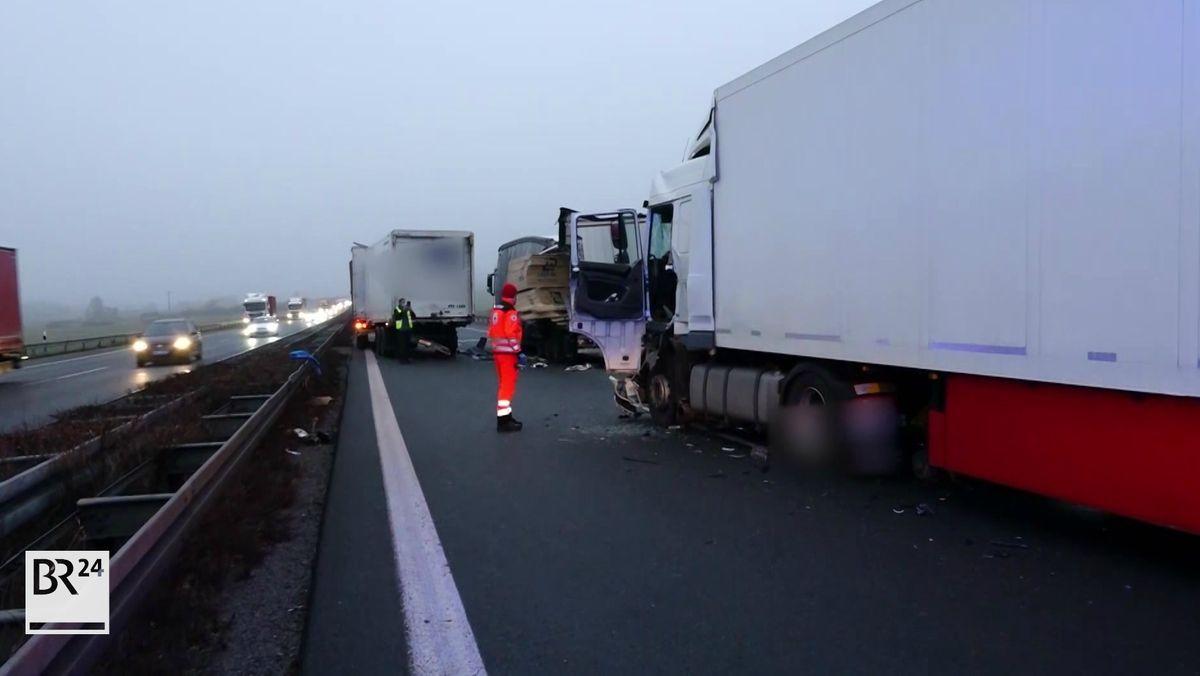 Drei Lastwagen waren in einen Verkehrsunfall auf der A3 bei Schlüsselfeld verwickelt.