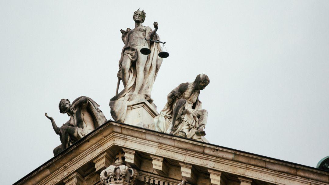 Dach des Justizpalasts München