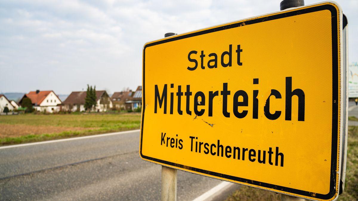 Ortsschild von Mitterteich im Landkreis Tirschenreuth.