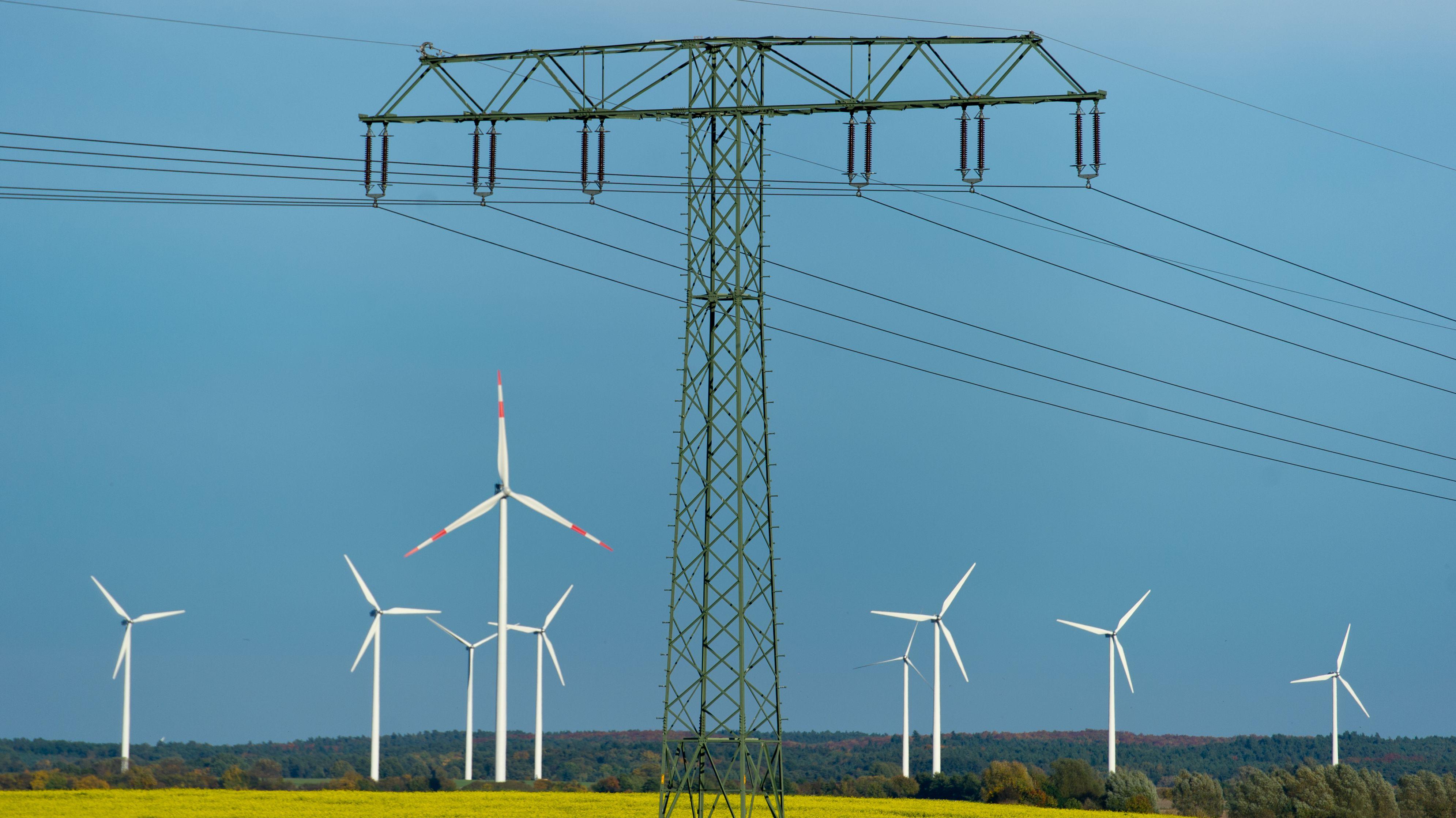 Symbolbild: Stromleitung
