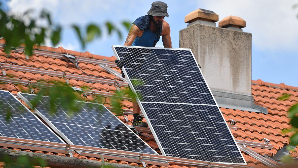 Installation von Photovoltaik
